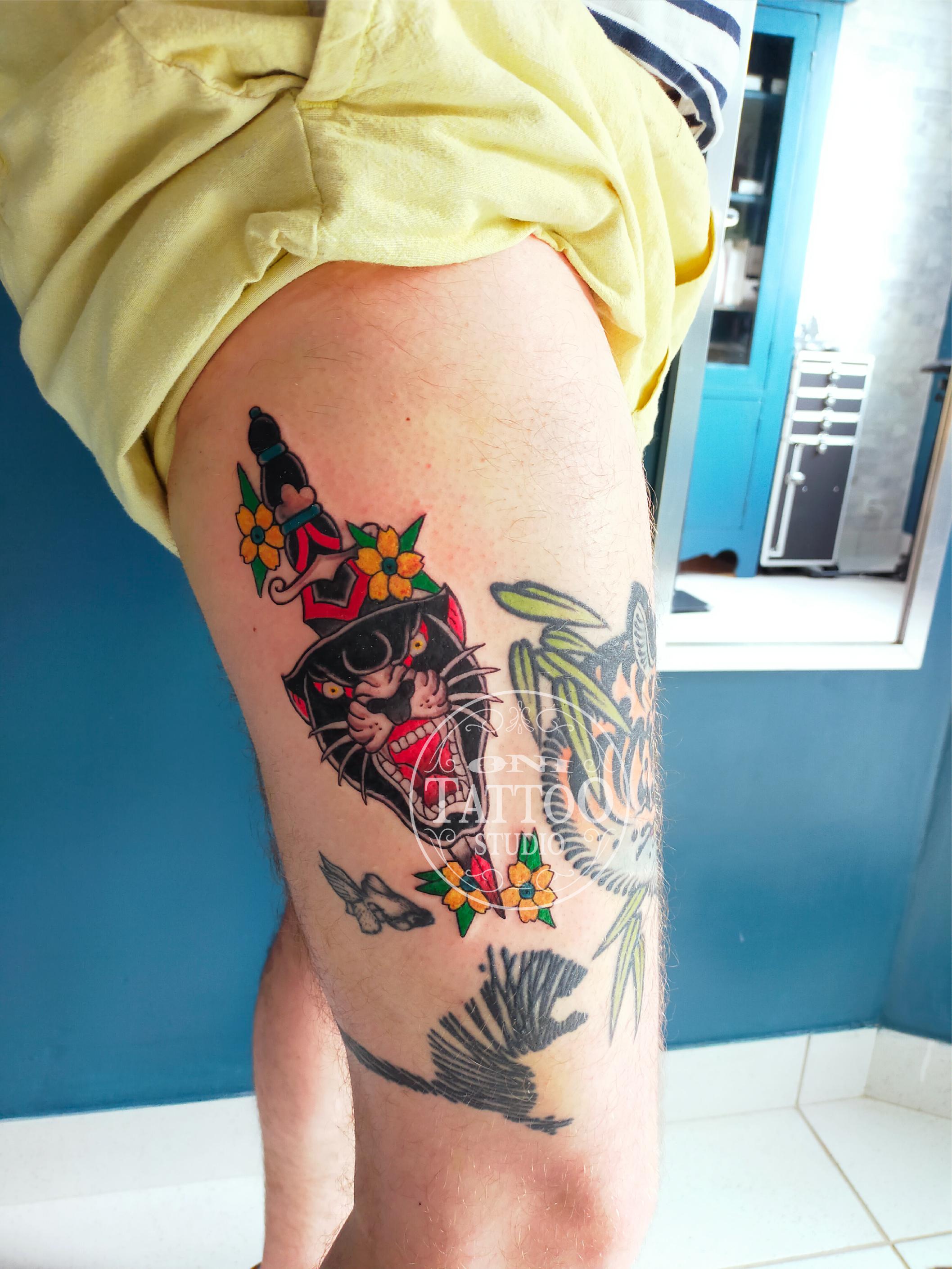 Oni_tattoo_lorient-Queven-Traditionnel-Old_school-Japonais-Tatouage_irezumi_trad_oldschool_panthere-noire-morbhan-guidel-ploemeur-gestel-quimperle_dague-noir-et-gris