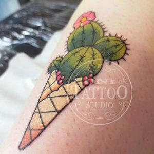 cactus-glace-Oni_tattoo_lorient-Queven-Traditionnel-Old_school-Japonais-Tatouage_irezumi_trad_oldschool_graphique-morbhan-guidel-ploemeur-gestel-quimperle_neo-traditionnel